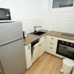 Modern, jól felszerelt konyha